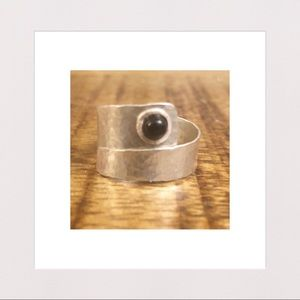 Jewelry - NEW | Sterling Silver & Black Onyx Hammered Ring